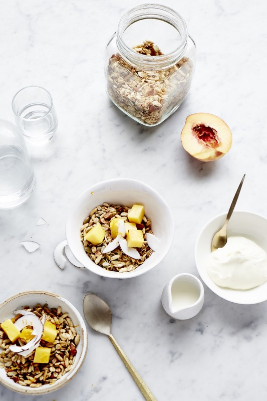 Penguin_Model_Kitchen_Breakfast_granola_5420